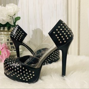 Shoedazzle City Black Silver Stud Heels Pumps